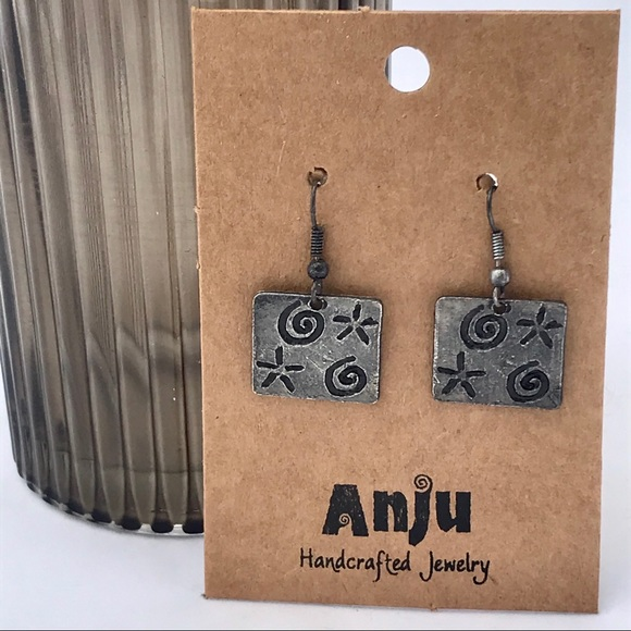 NWT ANJU Handcrafted square earrings